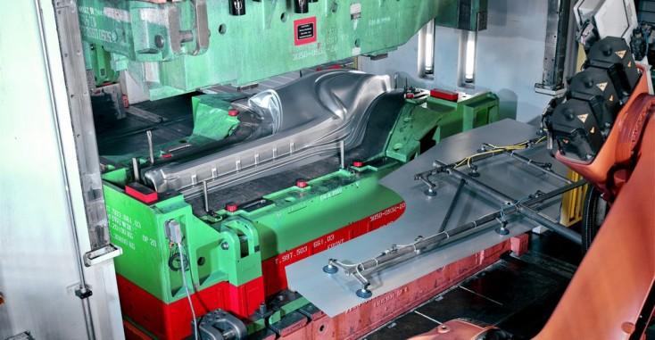 Niet-verspanende gereedschapsmachines en persen